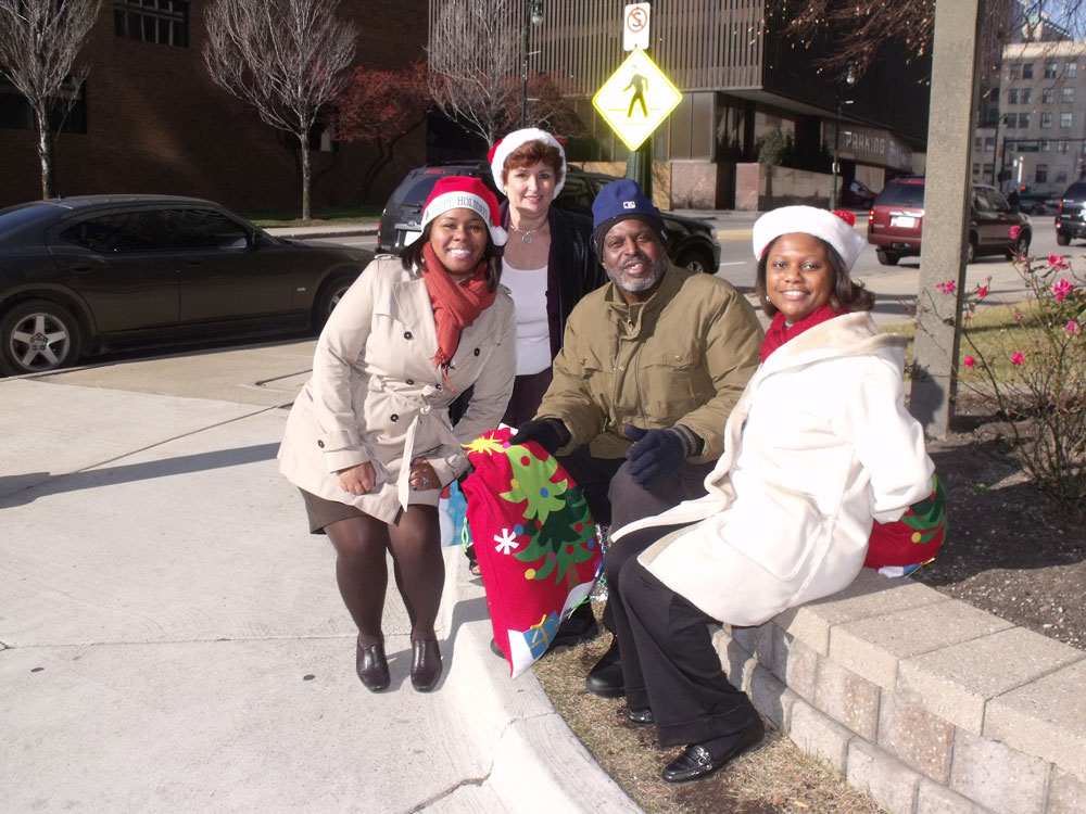 S3-employees-deliver-Christmas-stockings-to-the-homeless-exp